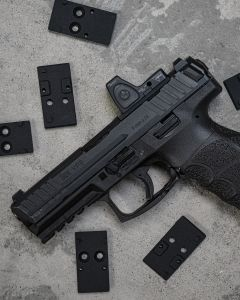 EGW HK VP9 optics plate mounted on a VP9. This plate is comparable to the #2 plate from HK.